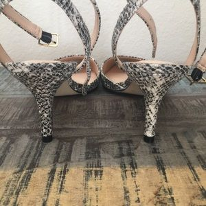 Banana Republic Shoes - Banana republic makayla ankle strap mid heel